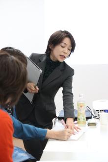 $小紫真由美が教える起業家、専門家のための仕事がとれる話し方